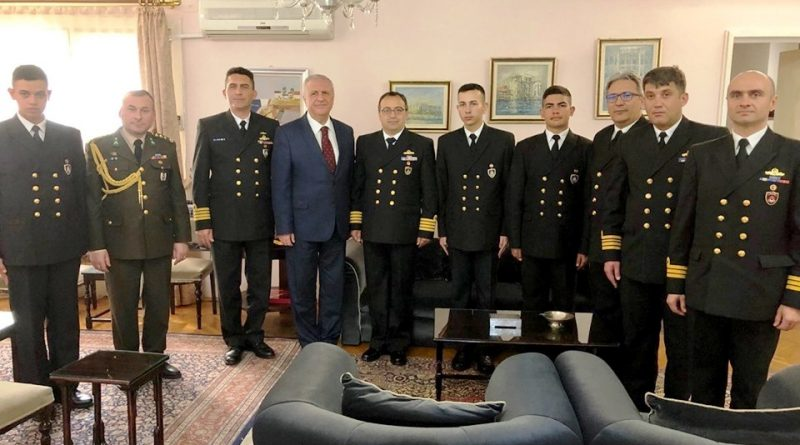 Denizci öğrencilerden Başkonsolosluğa ziyaret