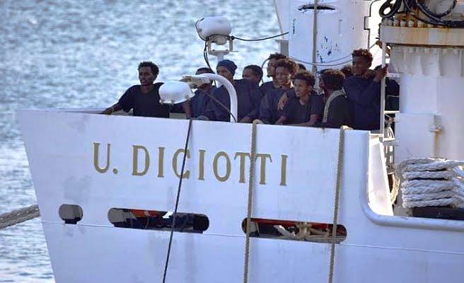Romanya 11 göçmeni kabul etti