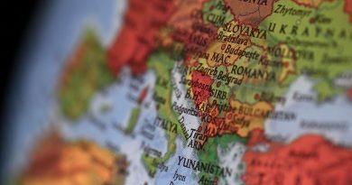 AB, Balkanları ABD'ye mi bağışladı?