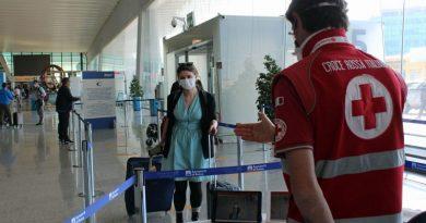 Bulgaristan koronavirüs önlemlerini gevşetiyor