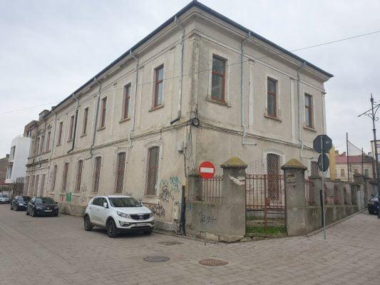 Maarif Vakfı Köstence'de okul yeri kiraladı