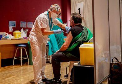 Her 4 Rumen'den biri en az 1 doz aşı yaptırdı