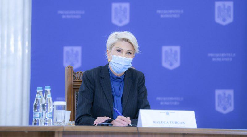Çalışma Bakanı: Asgari ücrette önemli bir artış düşünüyorum